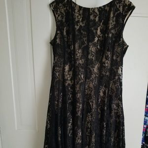 Dresses & Skirts - Fit and flare dress